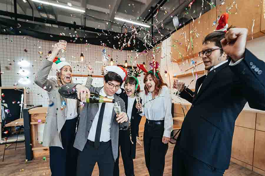 office party ideas games and drinks