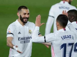 El Clasico 2021 Real Madrid go top of La Liga after 2-1 win over Barcelona in thrilling finish