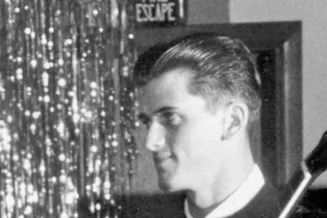 Mike-Mitchell-a-founding-member-of-the-band-that-recorded-Louie-Louie-died.jpg