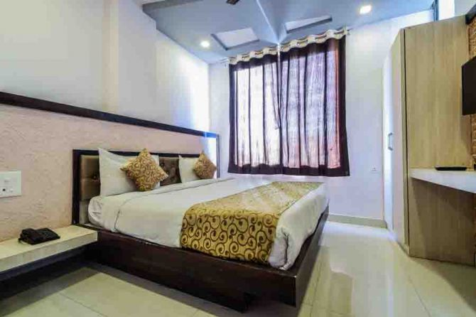 Problems-Finding-Hotels-In-Vrindavan-Come-To-The-Touch-Goibibo.jpg