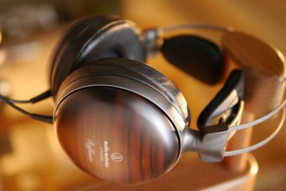 The-20-Most-Expensive-Headphones-the-World.jpg