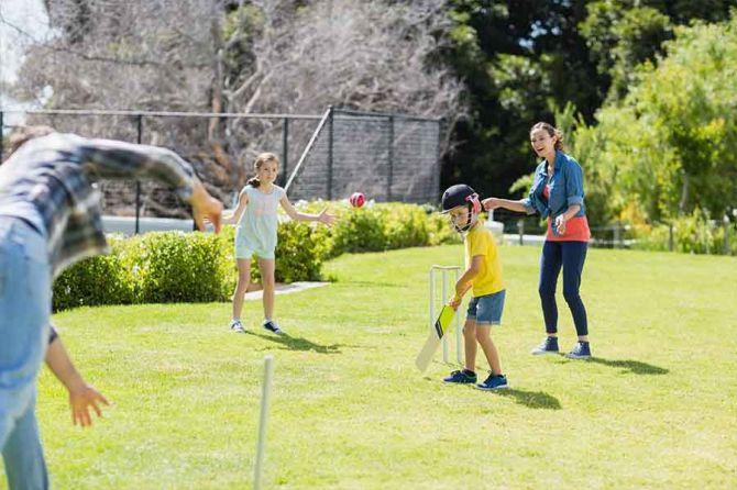childhood-cricket-memorie.jpg